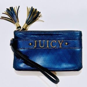 🍒 Juicy Couture clutch